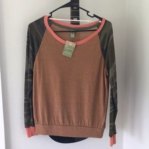 Alternative Apparel Tops - Alternative Apparel Slouchy Eco-Jersey Pullover S